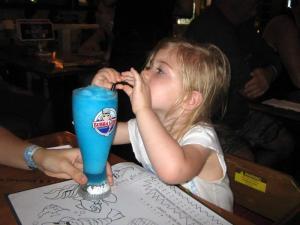Drankje in een lichtgevende beker