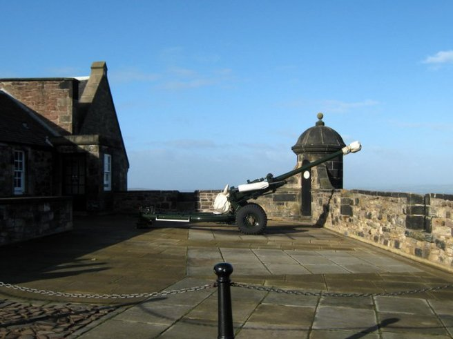 1oclockgun-edinburgh-castle