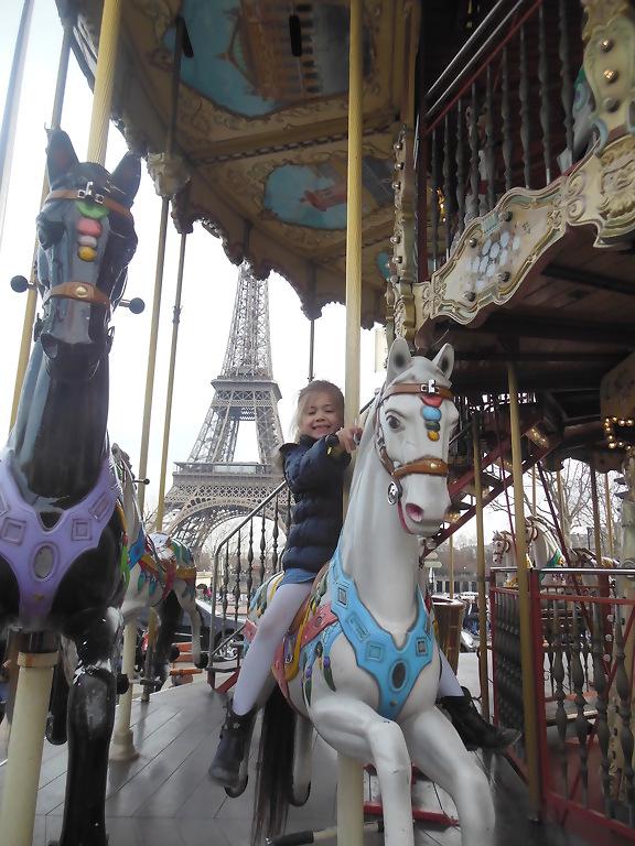 Even op de Carrousel aan de Eiffeltoren
