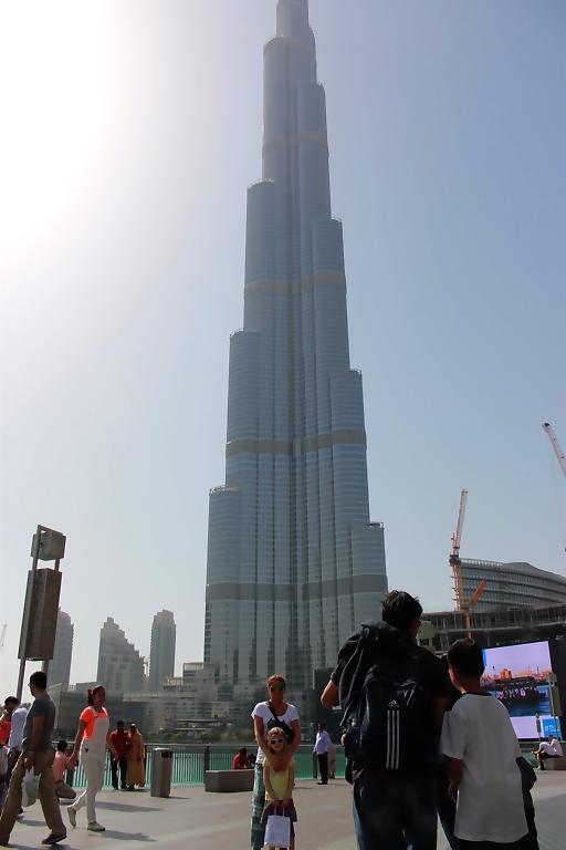 Burj-Khalifa-hoogste-gebouw-dubai-kinderen