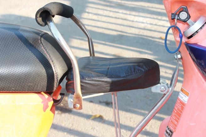 kinderzit-scooter-azië