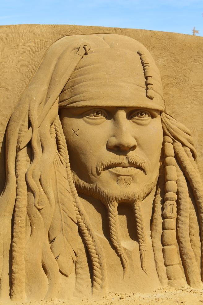 oostende-zandsculpturen-zee-johnny-depp