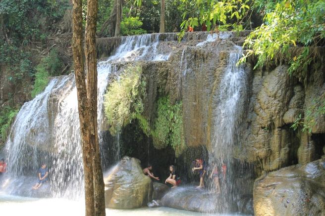 watervallen-erawan-thailand
